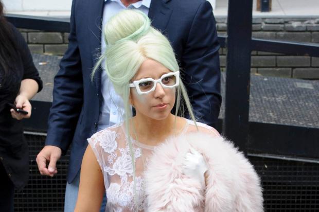 Lady Gaga rompe com diretora de criação que disse se inspirar em Madonna AP/