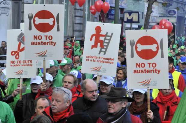 Belgas convocam dia de greve geral em protesto contra medidas de austeridade Georges Gobet/AFP