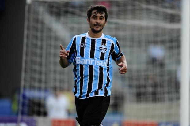 Grêmio encaminha proposta de renovação com Douglas até 2014 Mauro Vieira/Agencia RBS