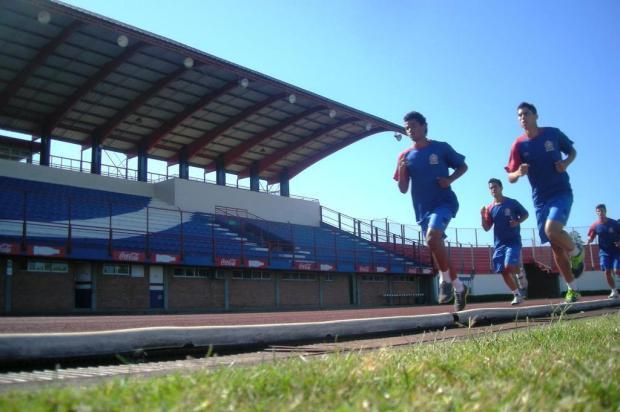 Canoas almeja vaga nas quartas de final em um dos dois turnos de 2012 Matheus Beck/Agência RBS