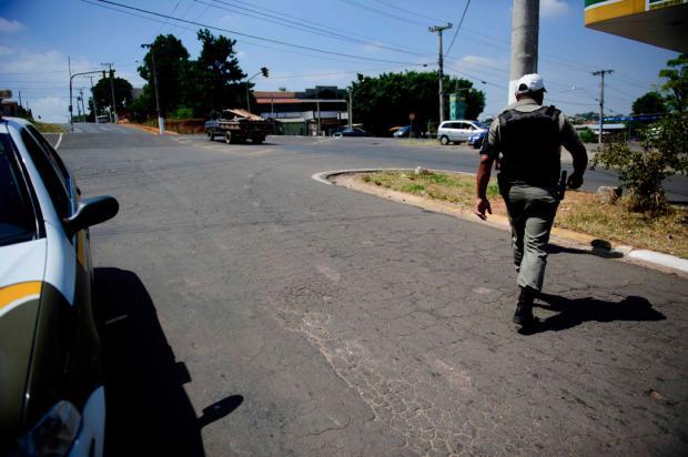 Comandante do 17º BPM diz que polícia cometeu pelo menos duas falhas no episódio da morte de sargento Marcelo Oliveira/
