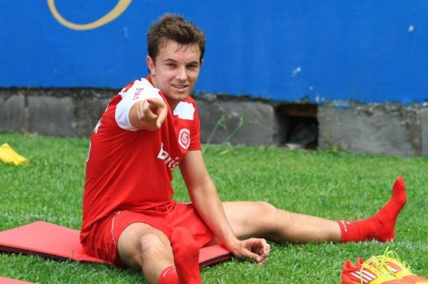 Dia de ver Dagoberto em jogo-treino Cleiton Thiele/Especial