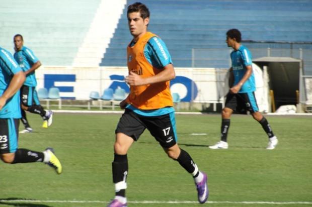 Com dores na panturrilha, Moreno dá lugar a Miralles no treino desta quinta Isadora Neumann/Agência RBS