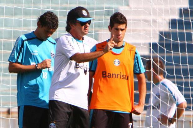 Com Moreno poupado, Miralles ganha chance no ataque do Grêmio na estreia Lucas Uebel/Preview.com
