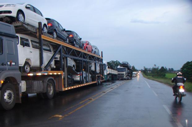 Interdição da ponte sobre o rio Araranguá gera 20 quilômetros de fila na BR-101 SulGislaine Fontoura/Jornal Sem Censura/