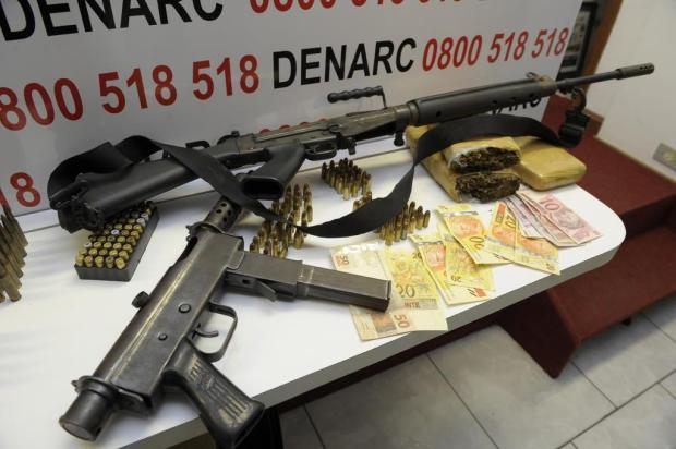 Denarc apreende armas e detém traficantes na zona norte de Porto Alegre Ronaldo Bernardi/Agencia RBS