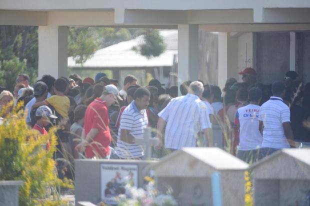 """""""Os meus filhos brincavam com ele"""", diz dona de cão que atacou menino no Litoral Mauro Vieira/Agencia RBS"""
