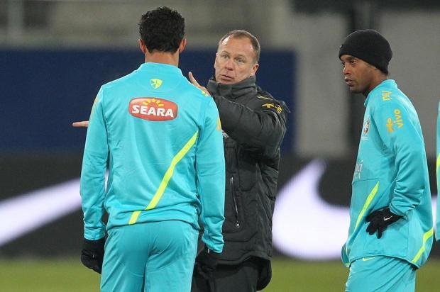Ronaldinho Gaúcho e Leandro Damião confirmados como titulares contra Bósnia Rafael Ribeiro/CBF/Divulgação