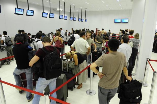 TAM não tem previsão para volta do check-in eletrônico  Ronaldo Bernardi/Agencia RBS