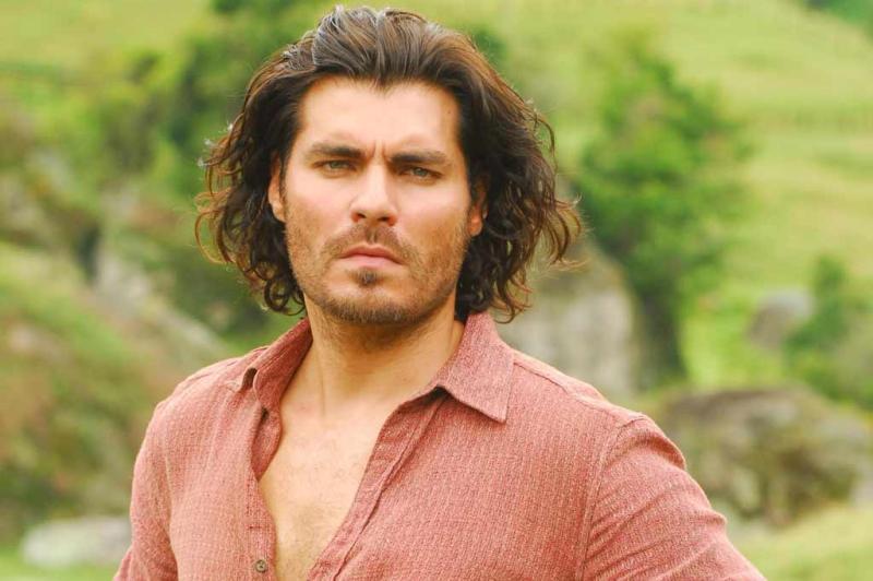 O Capitão Rodrigo Cambará ganha vida com o ator Thiago Lacerda:imagem 5