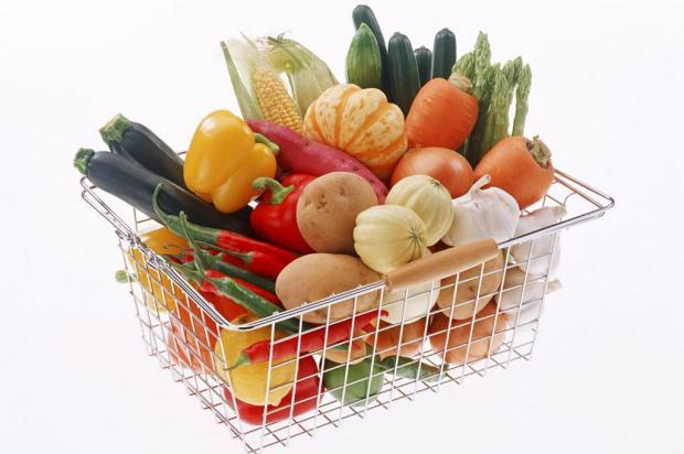 Veja como a alimentação pode aumentar ou diminuir riscos de câncer Maria Komap/Deposit Photos