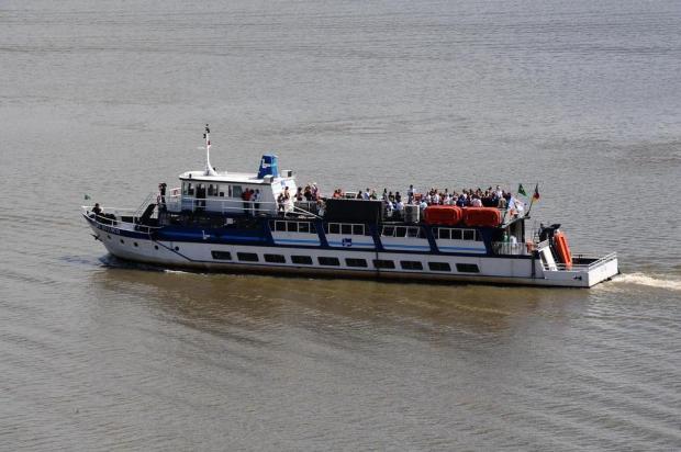 Revitalização do Cais Mauá ameaça embarcação Cisne Branco na Capital Emílio Pedroso/Agencia RBS