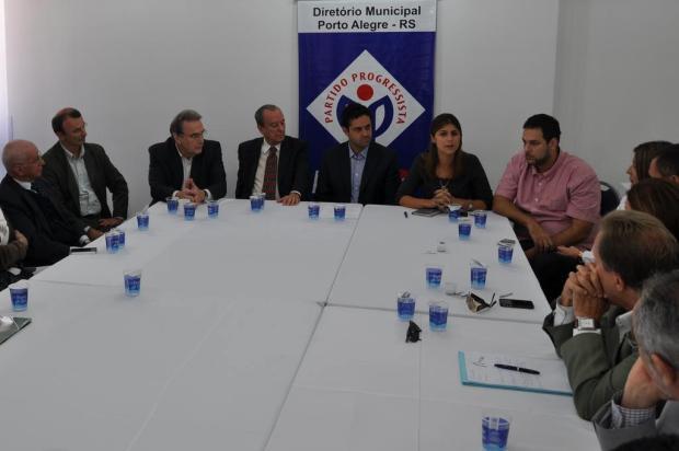 Manuela encontra executiva municipal do PP e apresenta proposta Geancarla de Aguiar/Divulgação PP-RS