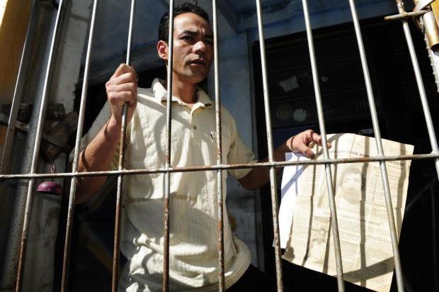 Doze anos após ser preso por engano, pintor ainda consta como criminoso no sistema de órgãos de segurança pública Ronaldo Bernardi/Agencia RBS