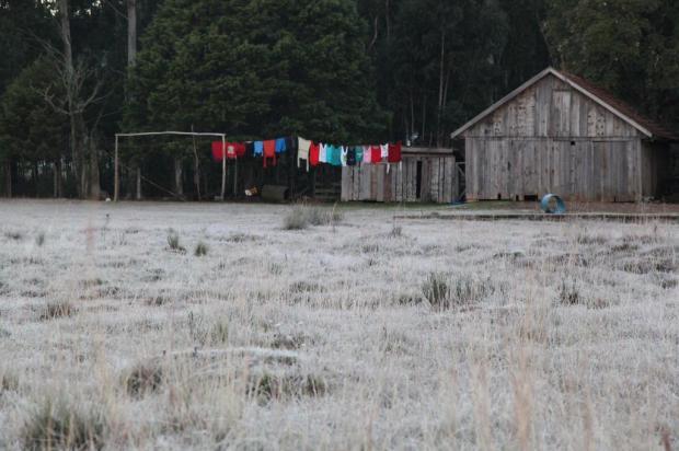 Em mais uma madrugada fria, temperatura chega a 2,5°C em Vacaria Liane Castilhos/Especial