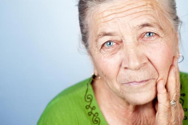 Pesquisadora aponta custos e benefícios do envelhecimento da população Daniel Dunca/Deposit Photos