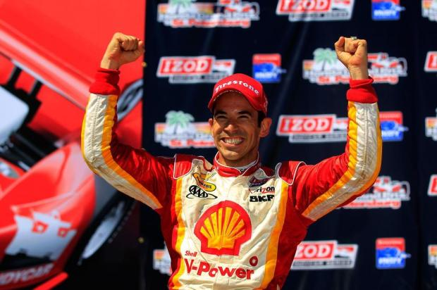 Helio Castroneves renova com a Penske por mais um ano Chris Trotman/GETTY IMAGES