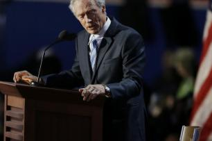 Clint Eastwood ironiza discurso na conveno republicana Lynne Sladky/AP