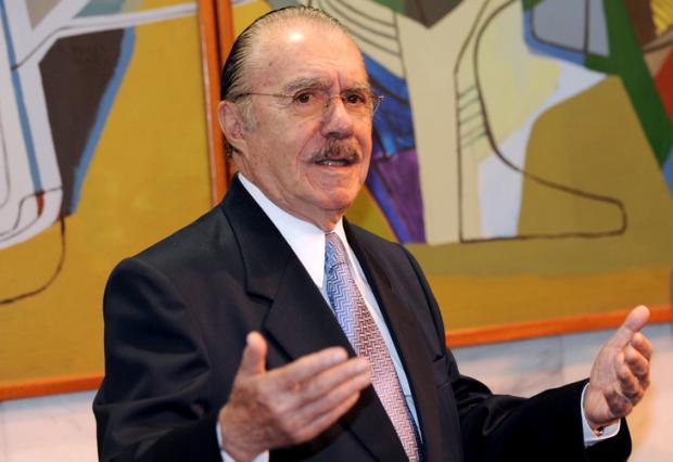 Sarney recebe alta da UTI, mas permanece internado no Sírio-Libanês Agência Brasil/