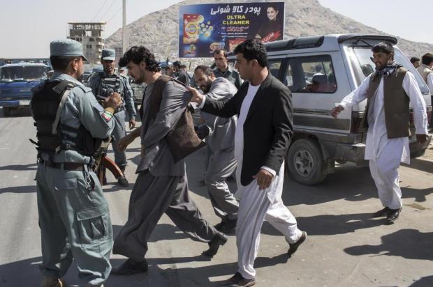 Mudança no nome de universidade provoca descontentamento e violência no Afeganistão Maurico Lima/NYTNS