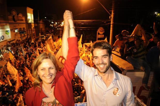 Eduardo comemora na Avenida Bento Gonçalves Nauro Júnior/Agencia RBS
