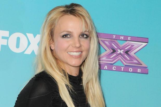 Britney Spears pede demissão do reality show 'The X Factor' Jordan Strauss/AP
