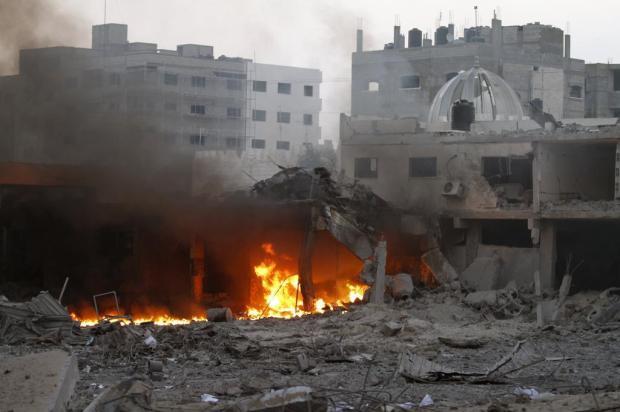 Bombardeios israelenses deixam pelo menos 10 mortos na Faixa de Gaza Mohammed Abed/AFP