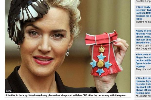 Kate Winslet recebe da Rainha Elizabeth prmio de honra britnico Daily Mail/Reproduo