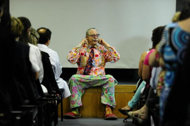 Patch Adams está em Porto Alegre e ensina que o riso não é o melhor remédio Mauro Vieira/Agencia RBS
