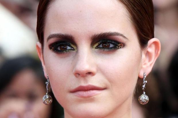 Maquiadores dão dicas para não errar no make com glitter nas festas de fim de ano Reprodução/Just Jared