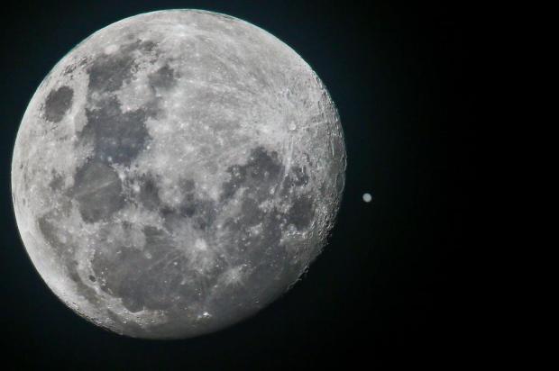 FOTO: Lua e Júpiter se reencontram no céu Harleyson Almeida/Especial