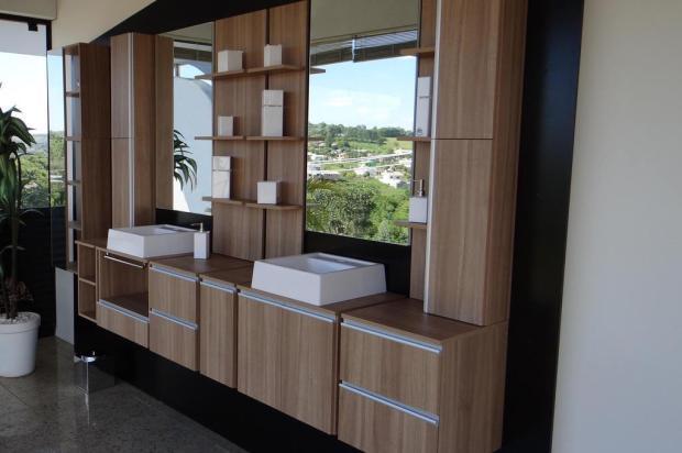 Novos armários modulados e compartimentados servem qualquer tipo de banheiro -> Armario De Banheiro Gaam