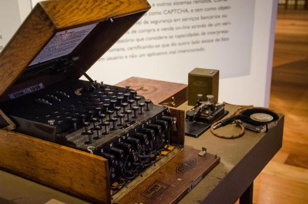 Máquina de códigos usada pelo exército alemão será exibida no museu da UFRGS Thiago Cruz/Divulgação