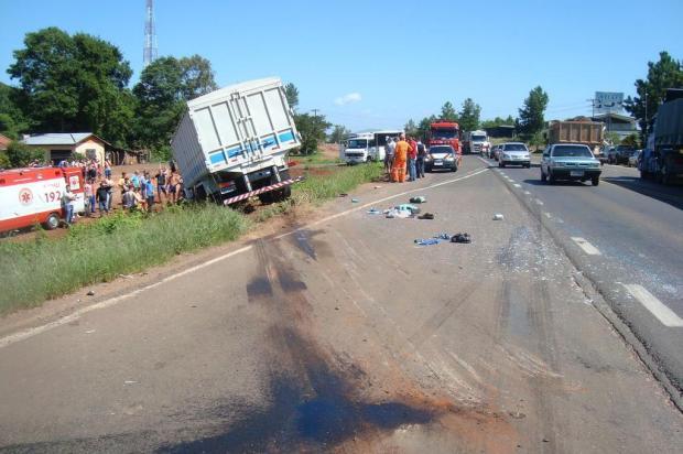 Casal morre e filha de oito anos fica ferida em acidente na BR-386 Divulgação/Polícia Rodoviária Federal