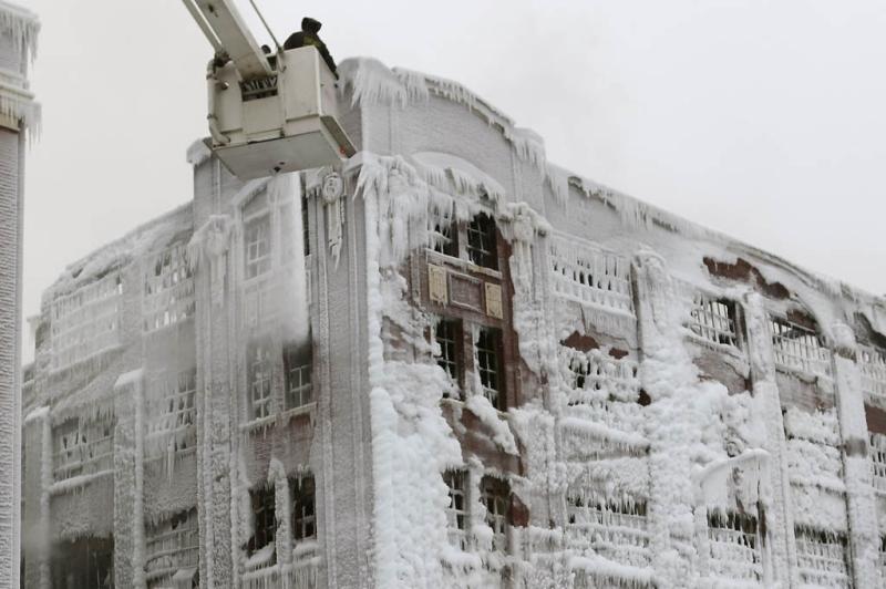 Em Chicago, na tentativa de apagar incêndios,...:imagem 4