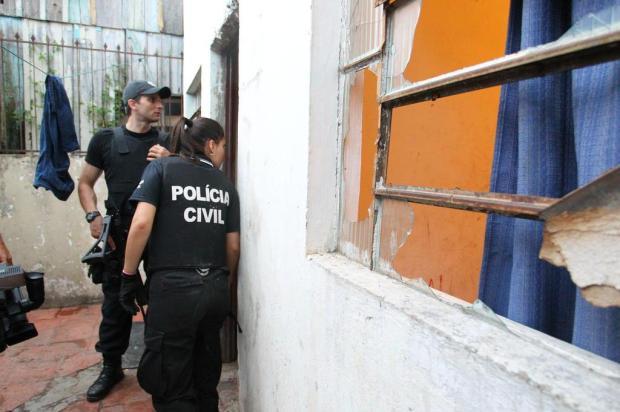 Polícia prende 16 detentos e apreende armas, drogas e celulares no Instituto Penal de Viamão  Dani Barcellos/Especial