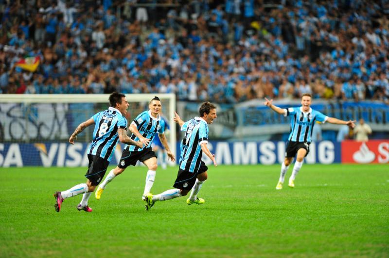 Gol de Elano contribuiu para o Grêmio se manter na competição:imagem 10