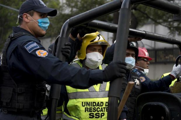 Explosão em petroleira mata ao menos 14 no México Yuri Cortez/AFP