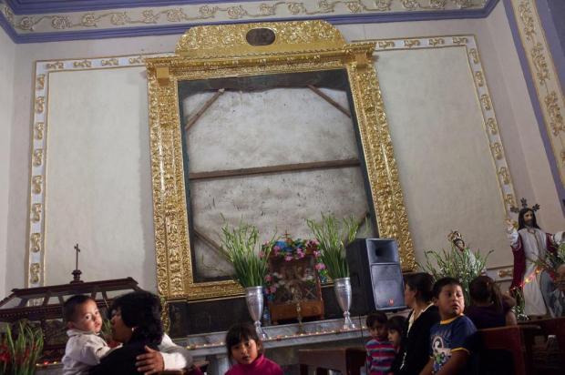 Onda de saques em igrejas provoca reação da comunidade no México Rodrigo Cruz/NYTNS
