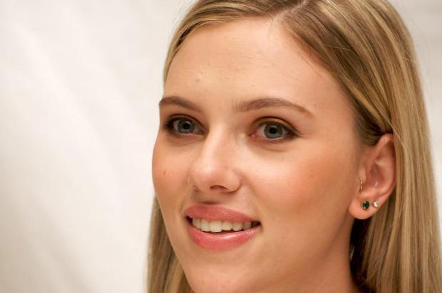 Programa conta histria da atriz Scarlett Johansson revista vip,divulgao/coluna visor