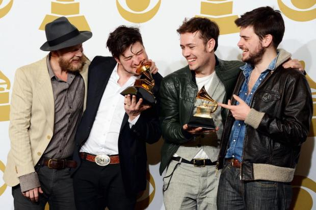 Mumford &amp; Sons e Fun. triunfam no Grammy Jason Merritt/AFP