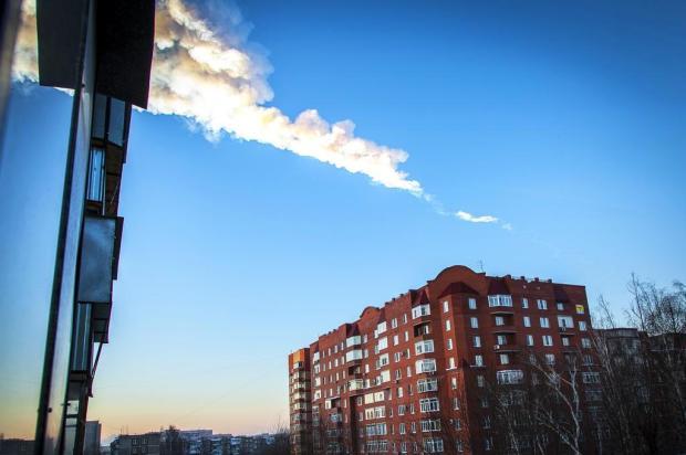 Queda de meteoritos deixam centenas de feridos na Rússia Oleg Kargopolov/AFP