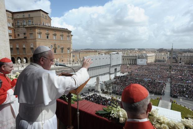 Papa Francisco pede paz na Síria e nas duas Coreias e denuncia tráfico de pessoas L'Osservatore Romano/AFP