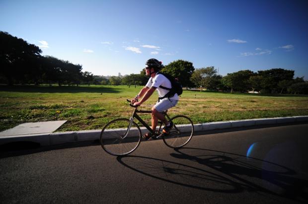Ciclismo conquista cada vez mais adeptos em Porto Alegre Ronaldo Bernardi/Agência RBS
