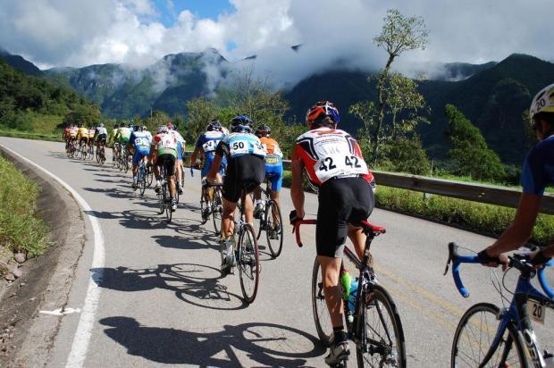 Saiba como evitar lesões causadas pela prática incorreta do ciclismo  Eduardo Schaucoski/Divulgação