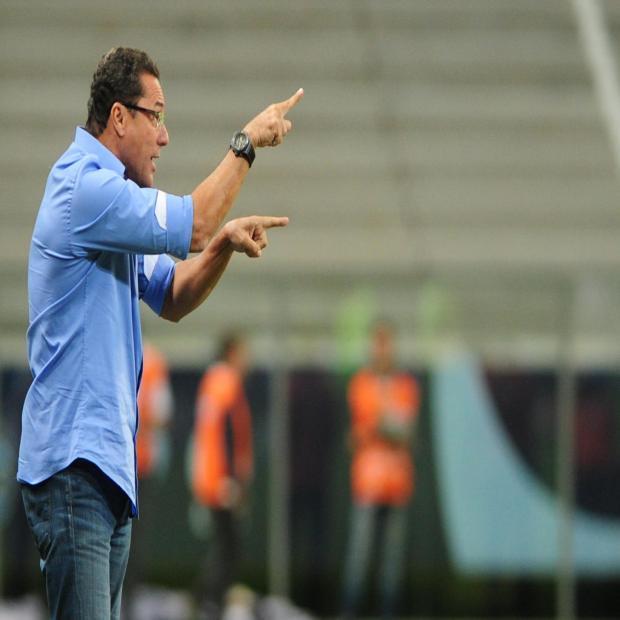 """Assessor de Luxemburgo rebate Paulo Sant'Ana no Twitter: """"Não sabe nada"""" Fernando Gomes/Agencia RBS"""