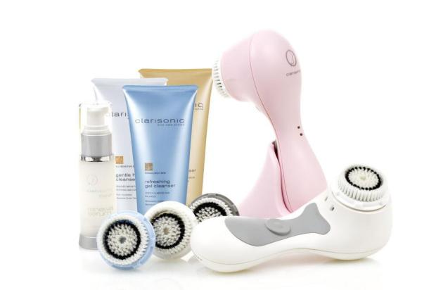 Dermatologista ensina a escolher o melhor produto para a limpeza de pele Divulgação/Clarisonic