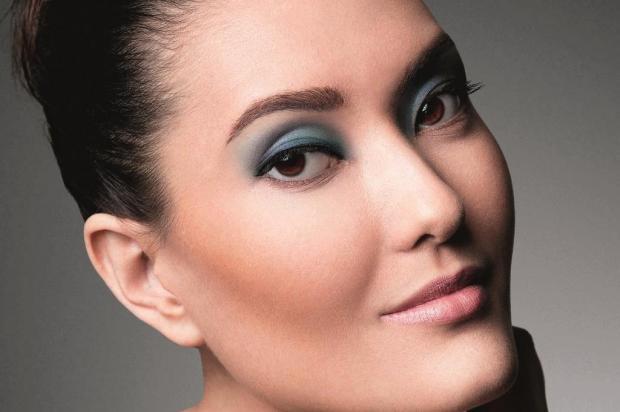 Marcos Costa dá dicas de maquiagem para o inverno Natura/Divulgação