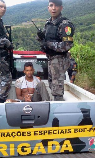 Avião e helicóptero vão auxiliar nas buscas a assaltantes na Serra Brigada Militar/Divulgação