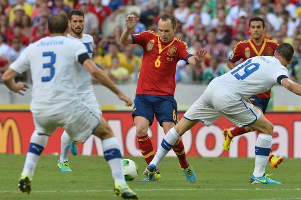 Espanha bate a Itália nos pênaltis e garante lugar na final diante do Brasil AFP/